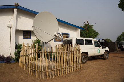 The EVOVAC-Salone clinic infrastructure was upgraded in Kambia, Sierra Leone, including the installation of a satellite for internet connectivity.