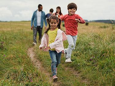 Kinder mit ADHS sind oft hyperaktiv.
