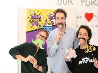 Janssen Mitarbeiter nehmen am Movember teil