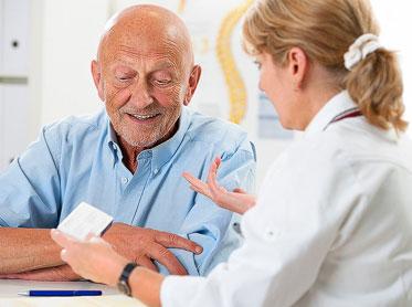 Vor dem 50. Lebensjahr ist Prostatakrebs selten – die meisten Männer erkranken mit etwa 70 Jahren.